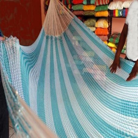 hamaca maya crochet azul y blanca